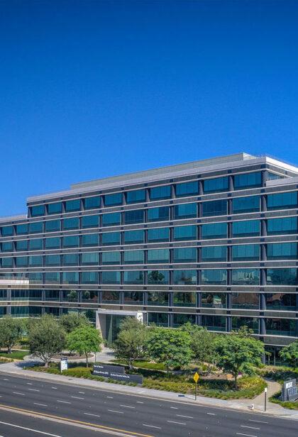 R & R Surgical Institute